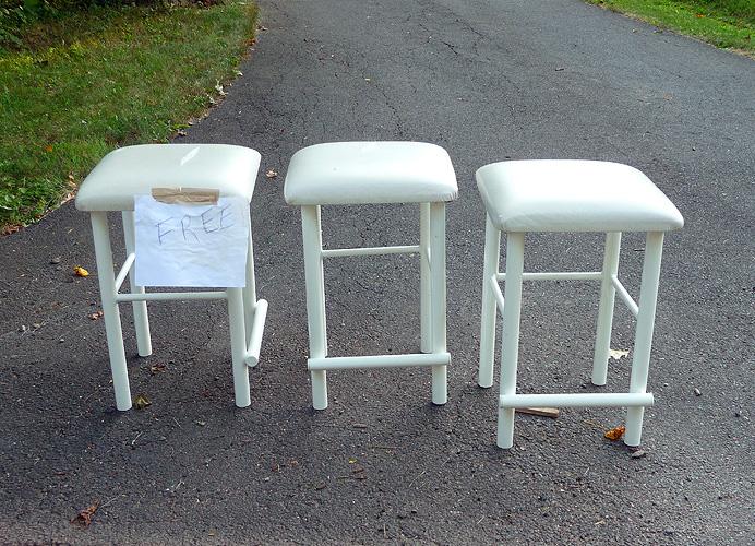 Free stools
