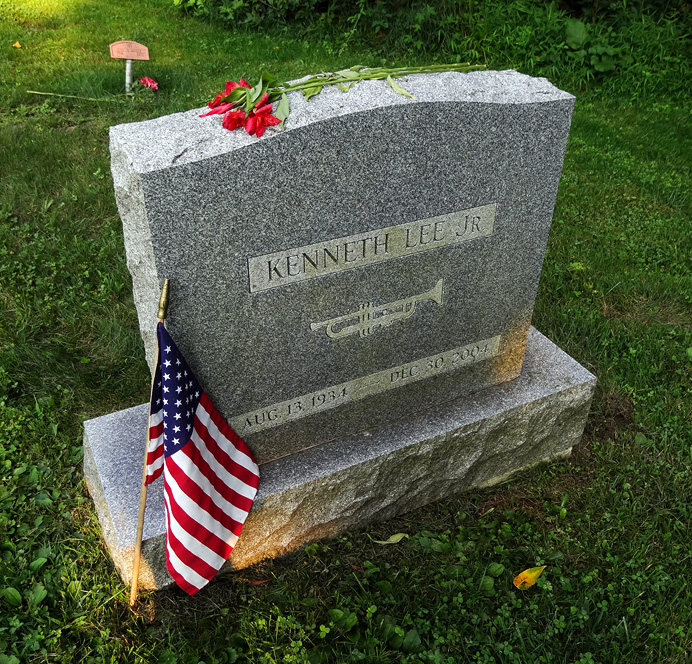 Kenny Lee's tombstone